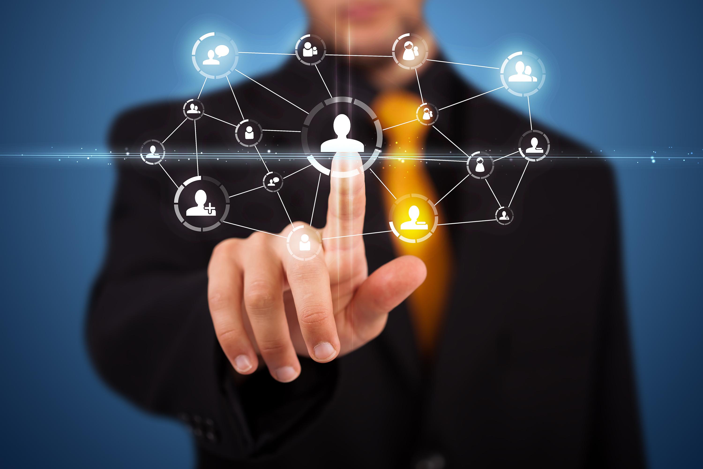 Man-pressing-social-media-icon2